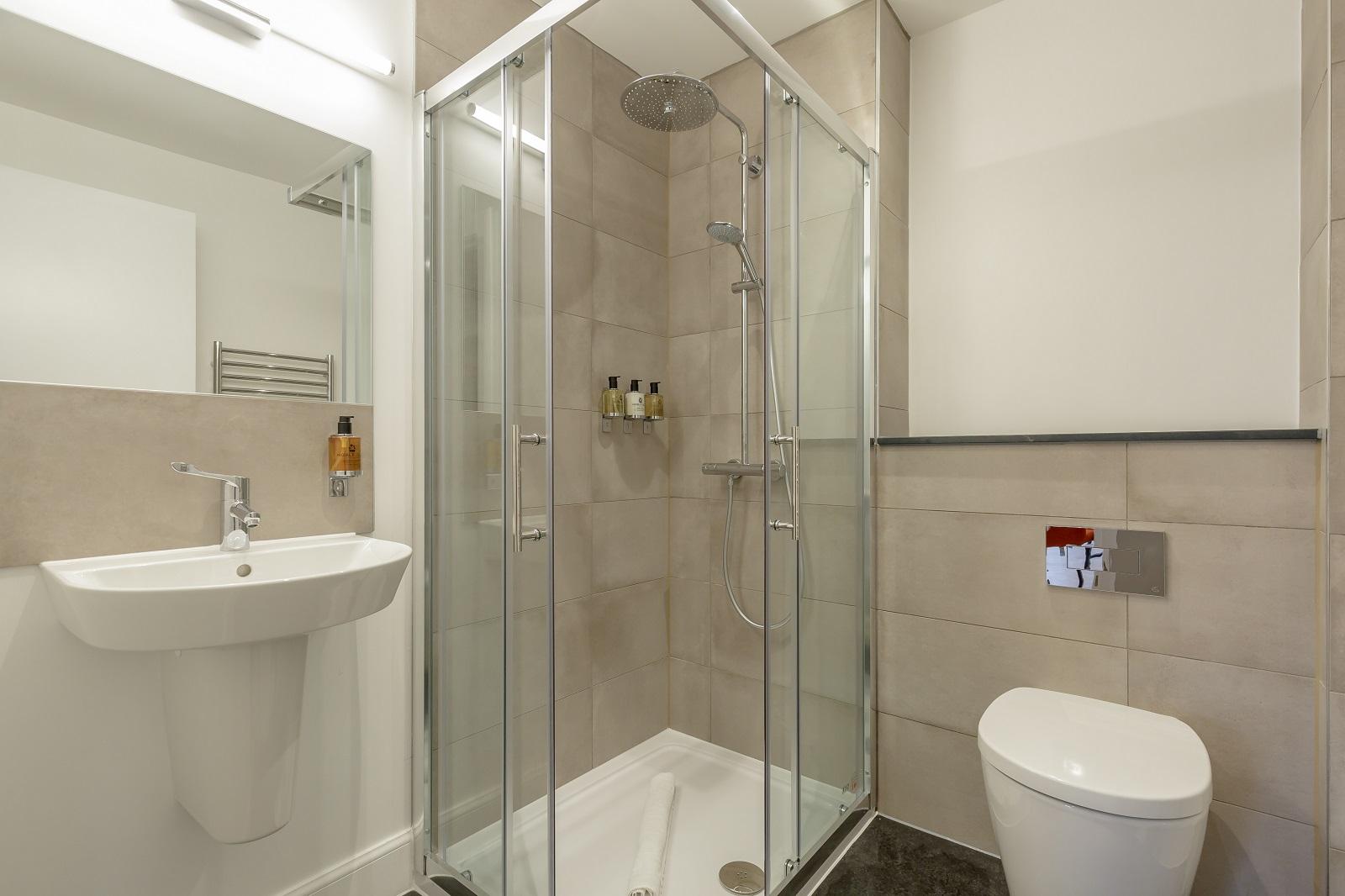 Bathroom at Hanover Serviced Apartments - Citybase Apartments