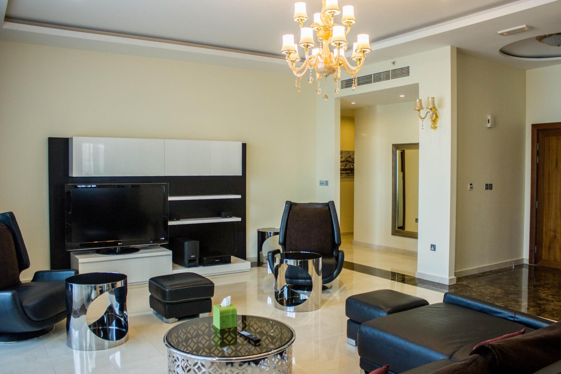 Sitting room at Ramada Downtown Dubai Apartments - Citybase Apartments