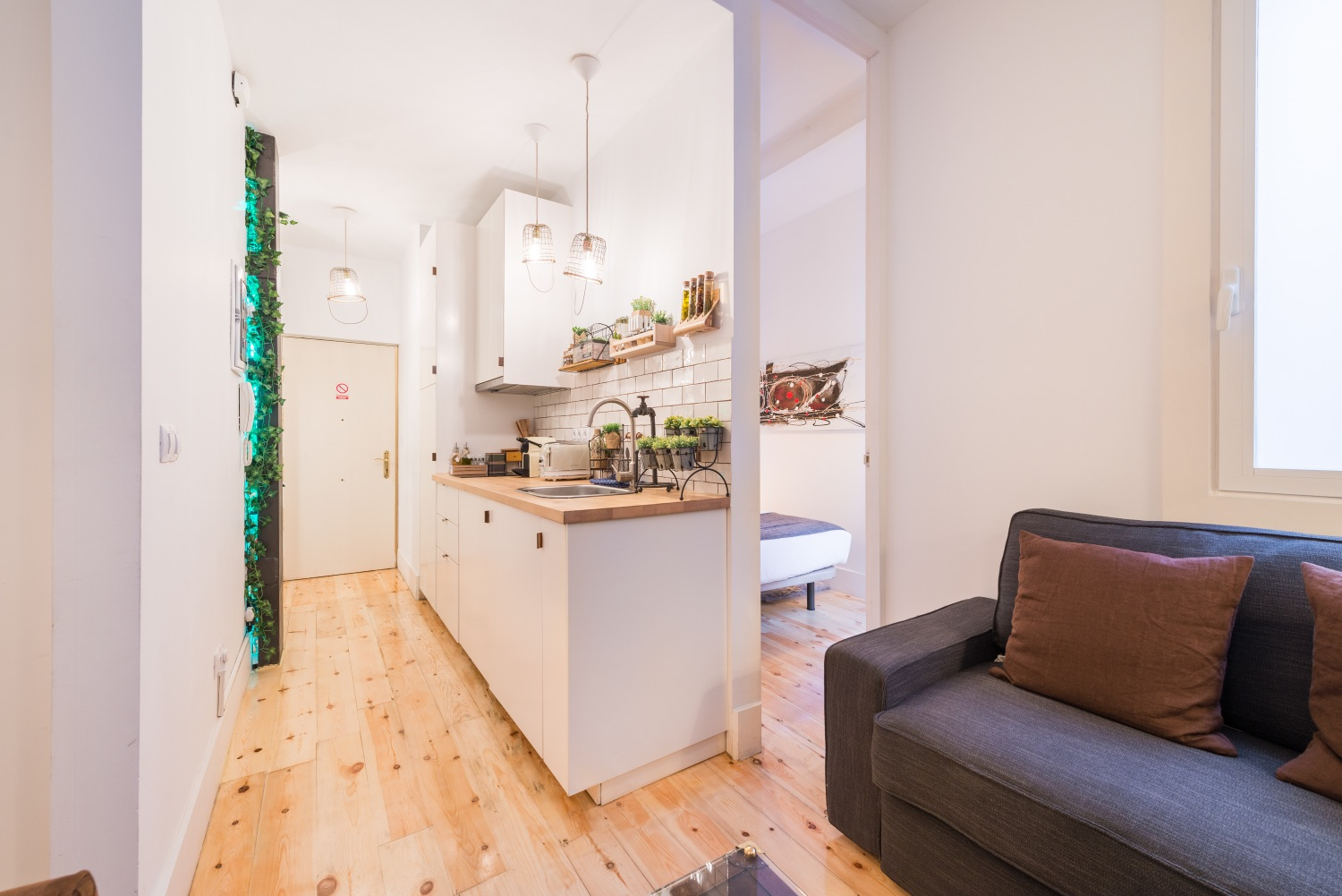 Layour at Atocha Nest Apartment - Citybase Apartments