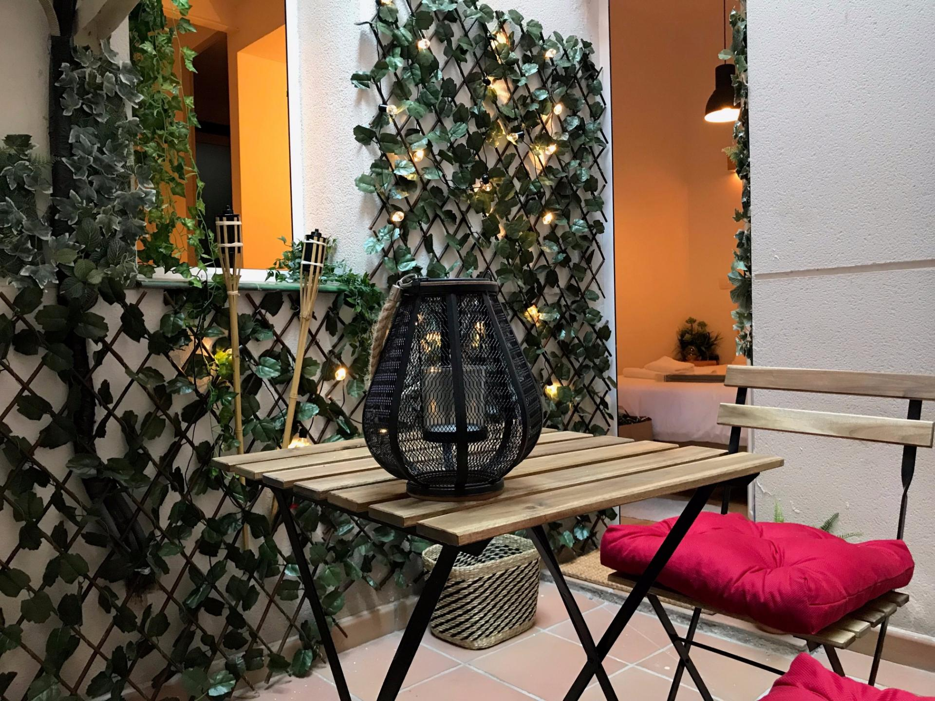 Terrace furniture at Atocha Nest Apartment - Citybase Apartments