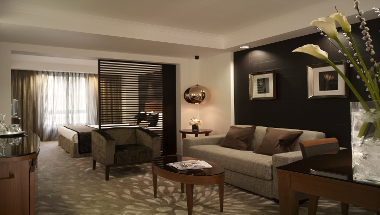 Comfortable living area in Park Plaza Victoria - Citybase Apartments