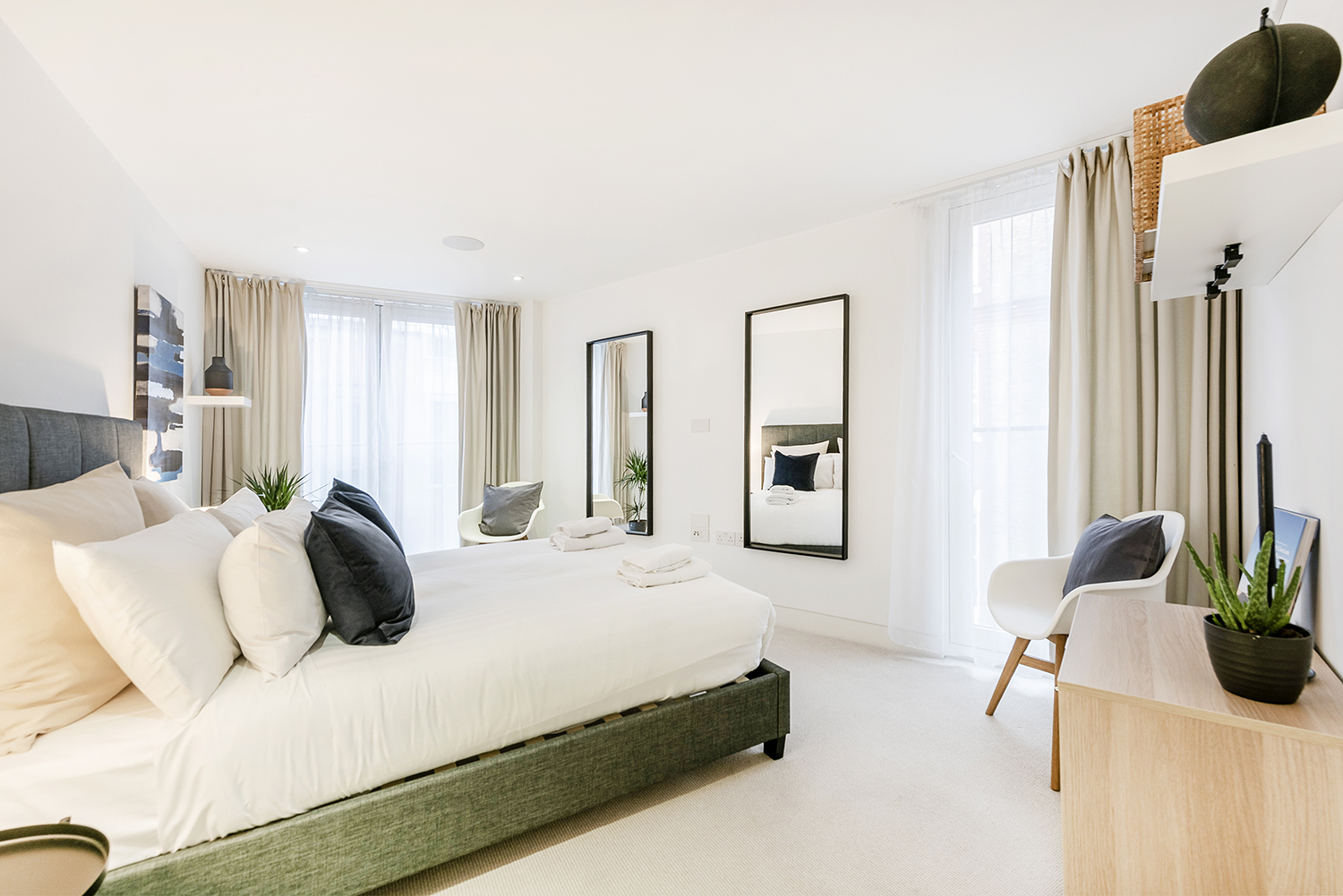 Bright bedroom at Bedford Court Apartment - Citybase Apartments