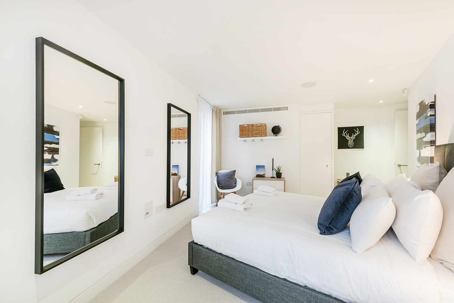 Spacious bedroom at Bedford Court Apartment - Citybase Apartments