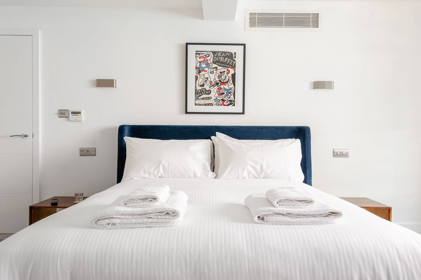 Bedroom at Leicester Square Apartments - Citybase Apartments