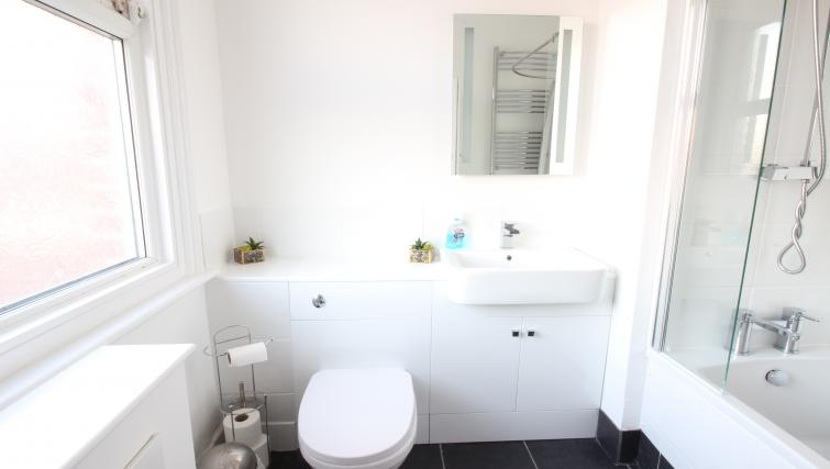WC at William's Sheffield City Centre Apartments - Citybase Apartments
