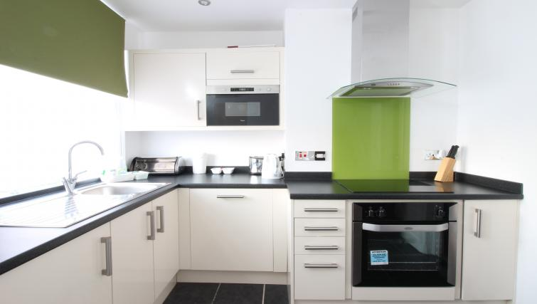 Kitchen at William's Sheffield City Centre Apartments - Citybase Apartments