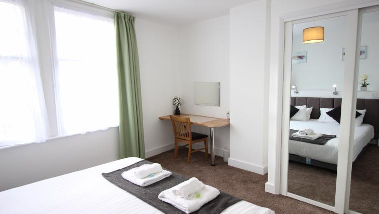Desk at William's Sheffield City Centre Apartments - Citybase Apartments