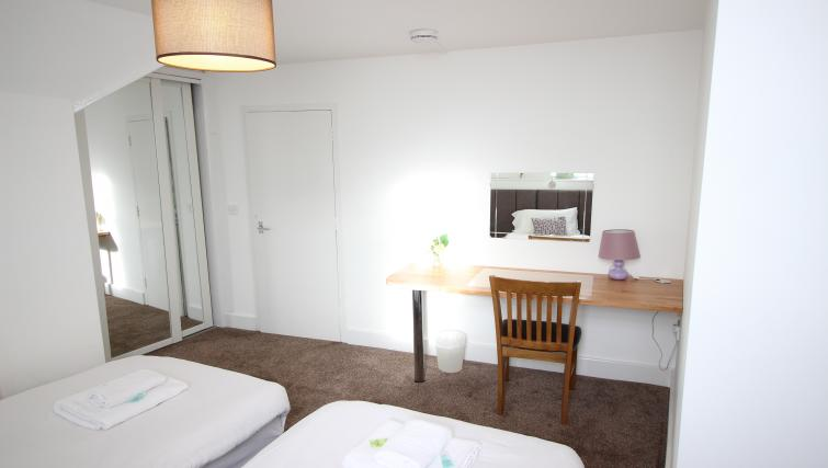 Cosy bedroom at William's Sheffield City Centre Apartments - Citybase Apartments
