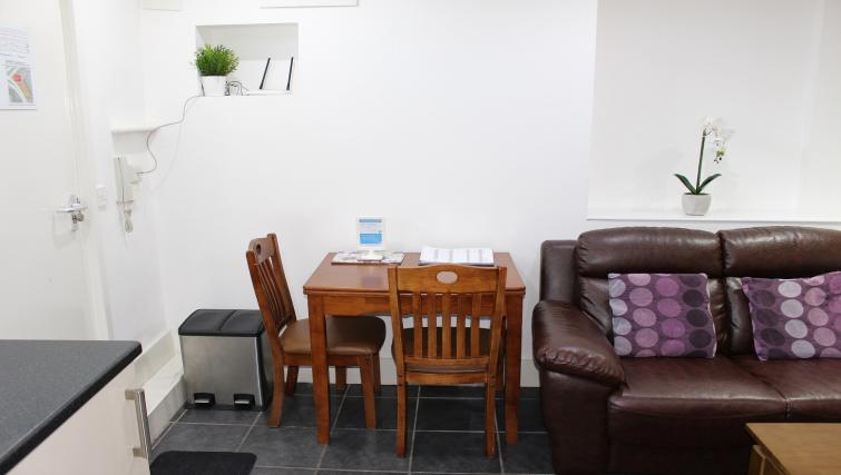 Dining area at William's Sheffield City Centre Apartments - Citybase Apartments