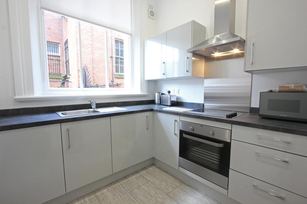 Kitchen at 3 Union Court Apartments - Citybase Apartments