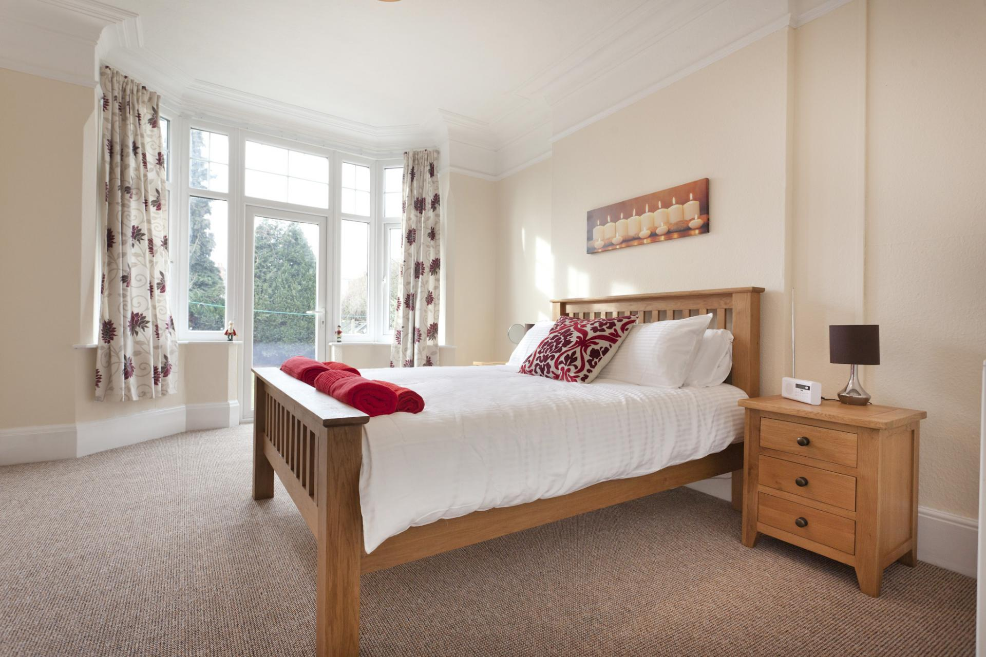 Double bed at West Bridgford Apartment - Citybase Apartments