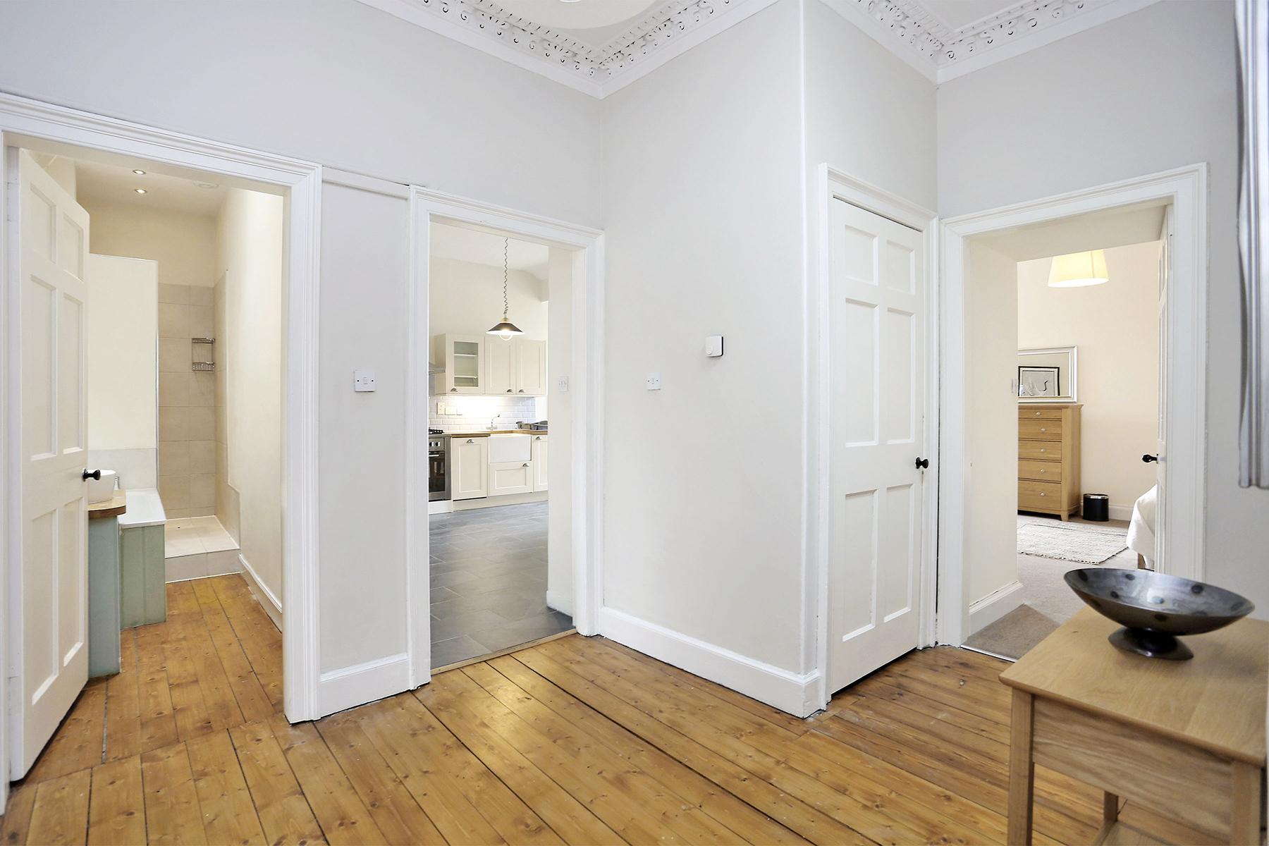 Hallway at The New Town Apartment, Bonnington, Edinburgh - Citybase Apartments