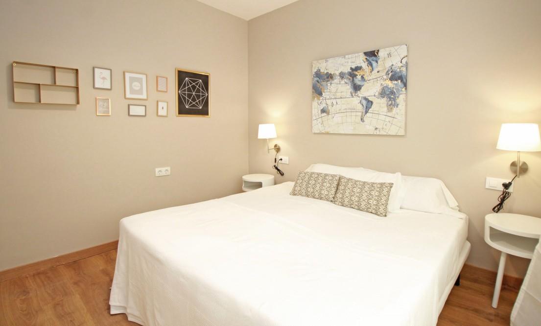 Bedroom at Travesera De Gracia Apartment - Citybase Apartments