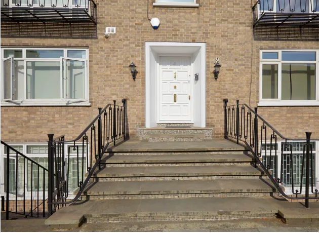 Entrance at Marble Arch - Citybase Apartments