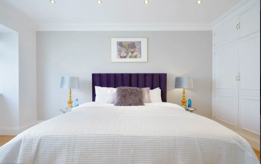 Bed at Marble Arch - Citybase Apartments