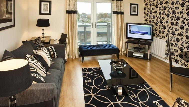 Stunning living area in Oakhill Apartments Edinburgh - Citybase Apartments