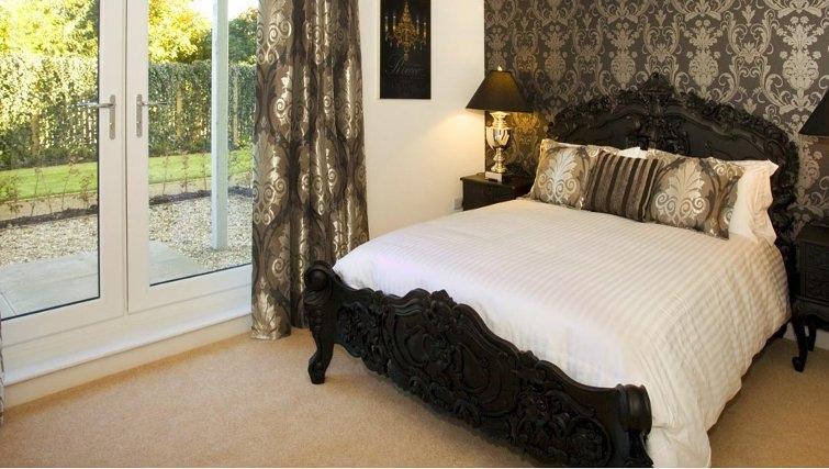 Great bedroom in Oakhill Apartments Edinburgh - Citybase Apartments