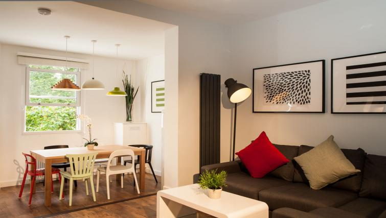 Living room area at Hammersmith Town Apartments - Citybase Apartments
