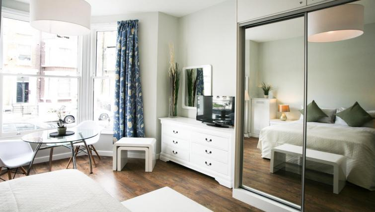 Bedroom view at Hammersmith Town Apartments - Citybase Apartments