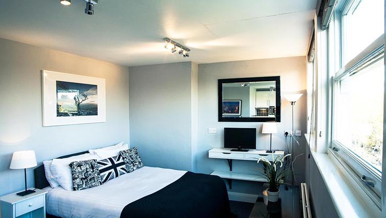 Bedroom in Hammersmith Town Apartments - Citybase Apartments