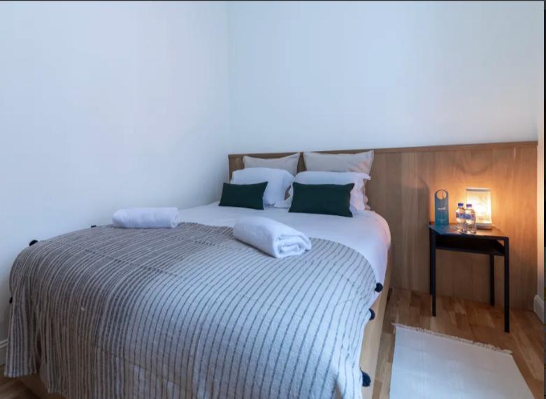 Bedroom at Dansaert II Studio - Citybase Apartments