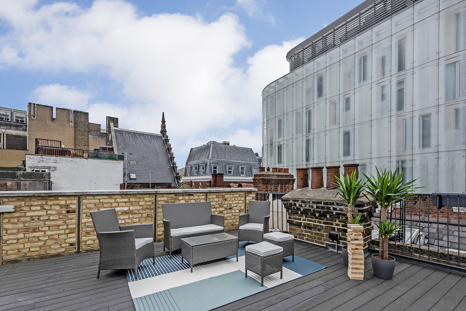 Terrace at BE: Wardour Street Apartments - Citybase Apartments