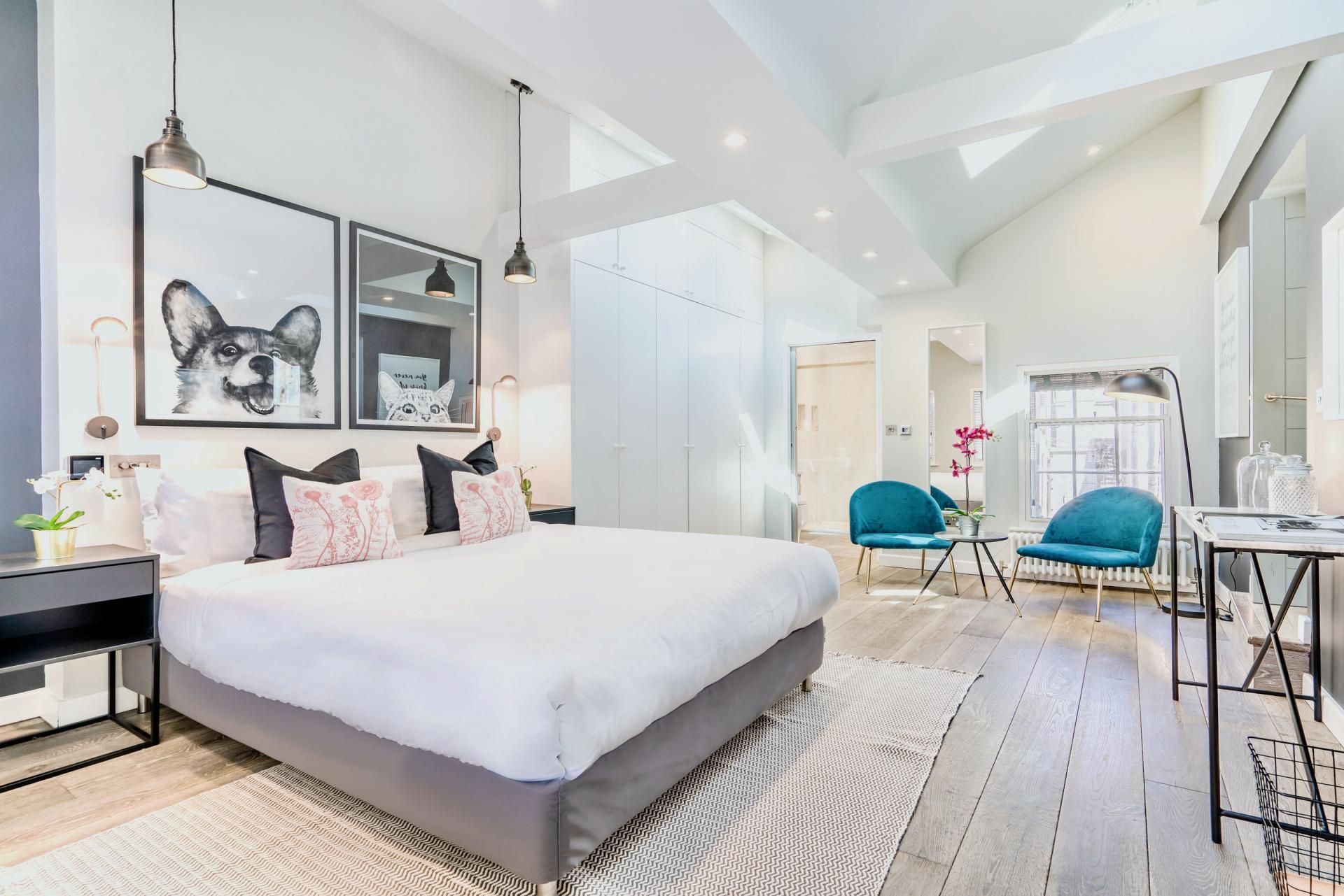 Spacious bedroom at BE: Wardour Street Apartments, Soho, London - Citybase Apartments