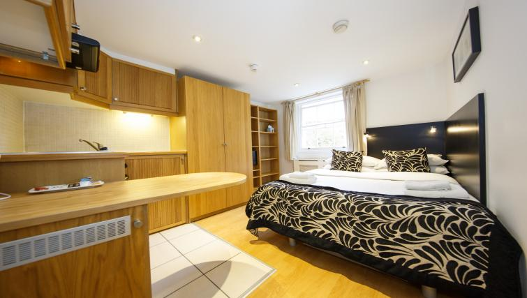 Studio at Cartwright Gardens - Citybase Apartments