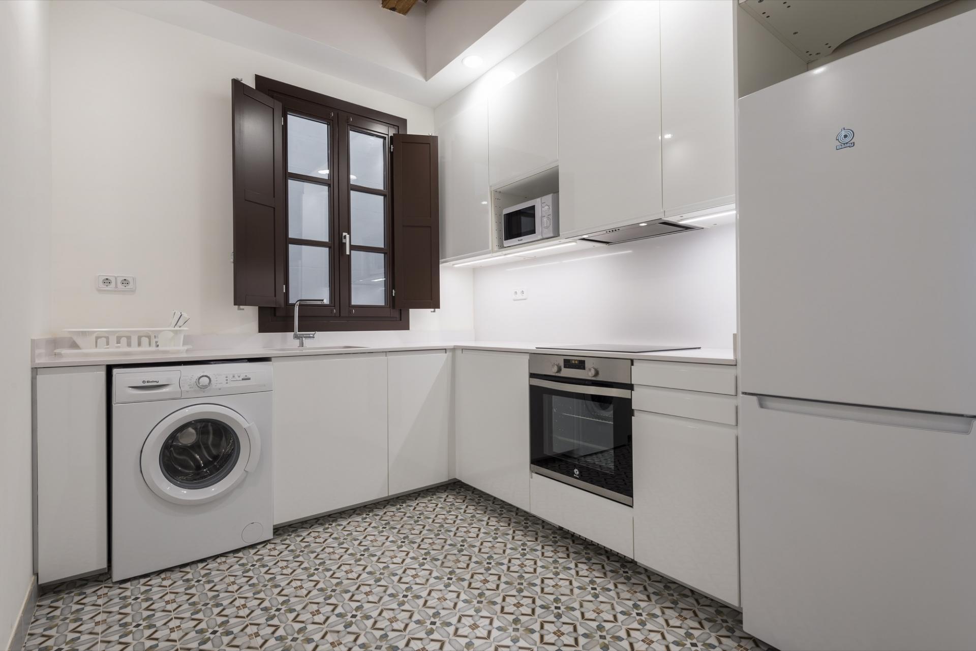 Kitchen at Pelayo Suites, El Raval, Barcelona - Citybase Apartments