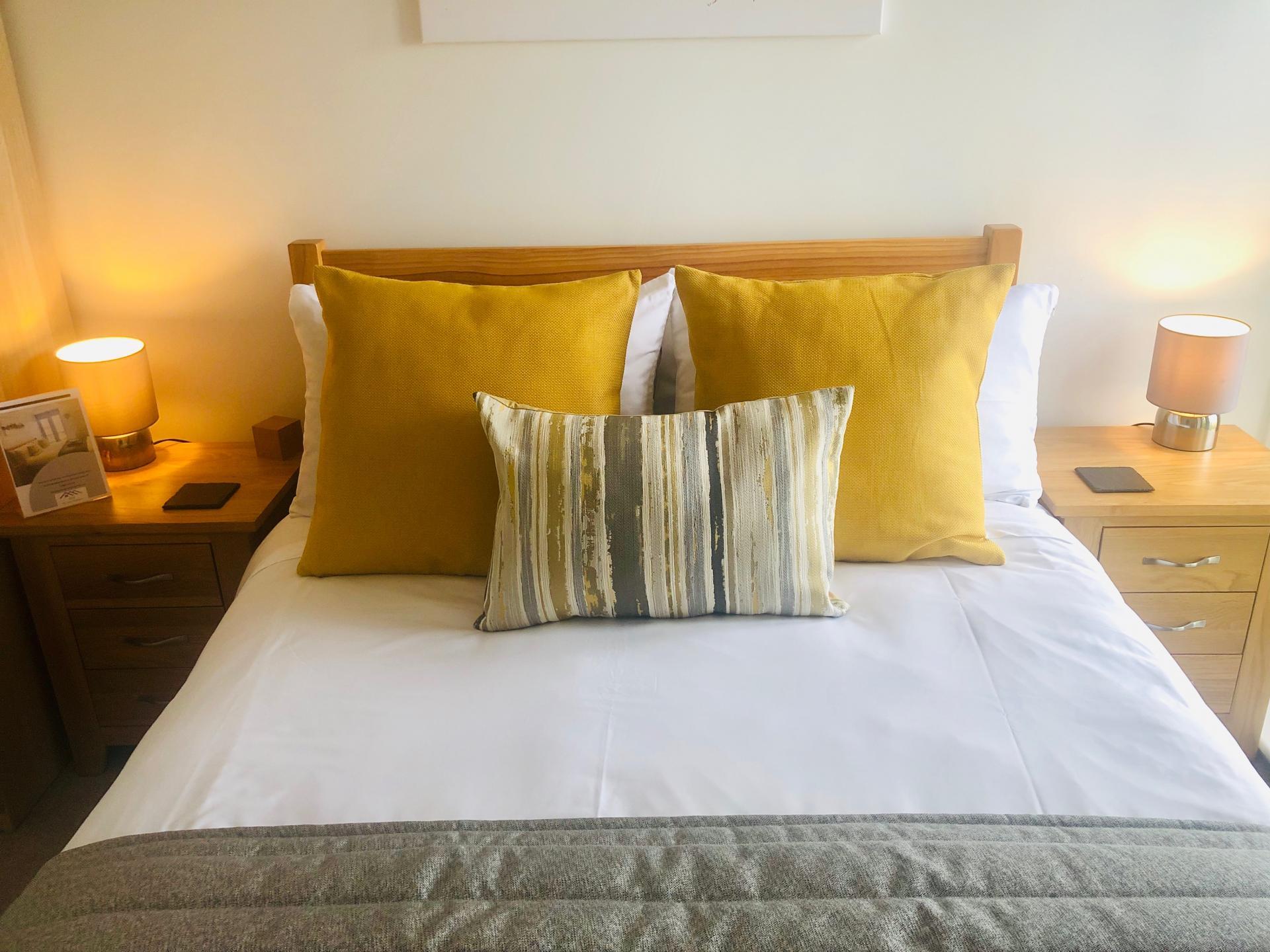 Cushions at Newmarket Road apartment - Citybase Apartments