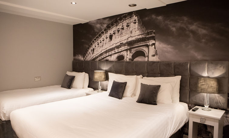 Bed at The Townhouse Chester, Centre, Chester - Citybase Apartments