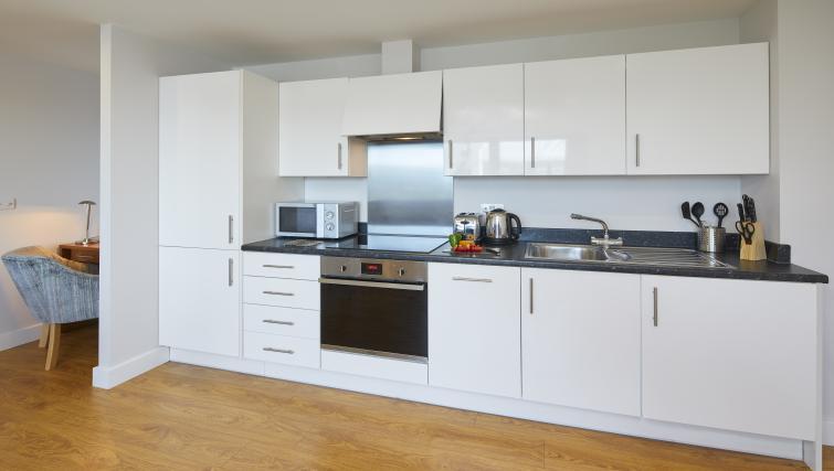 Kitchen at the Aparthotel Farnborough - Citybase Apartments