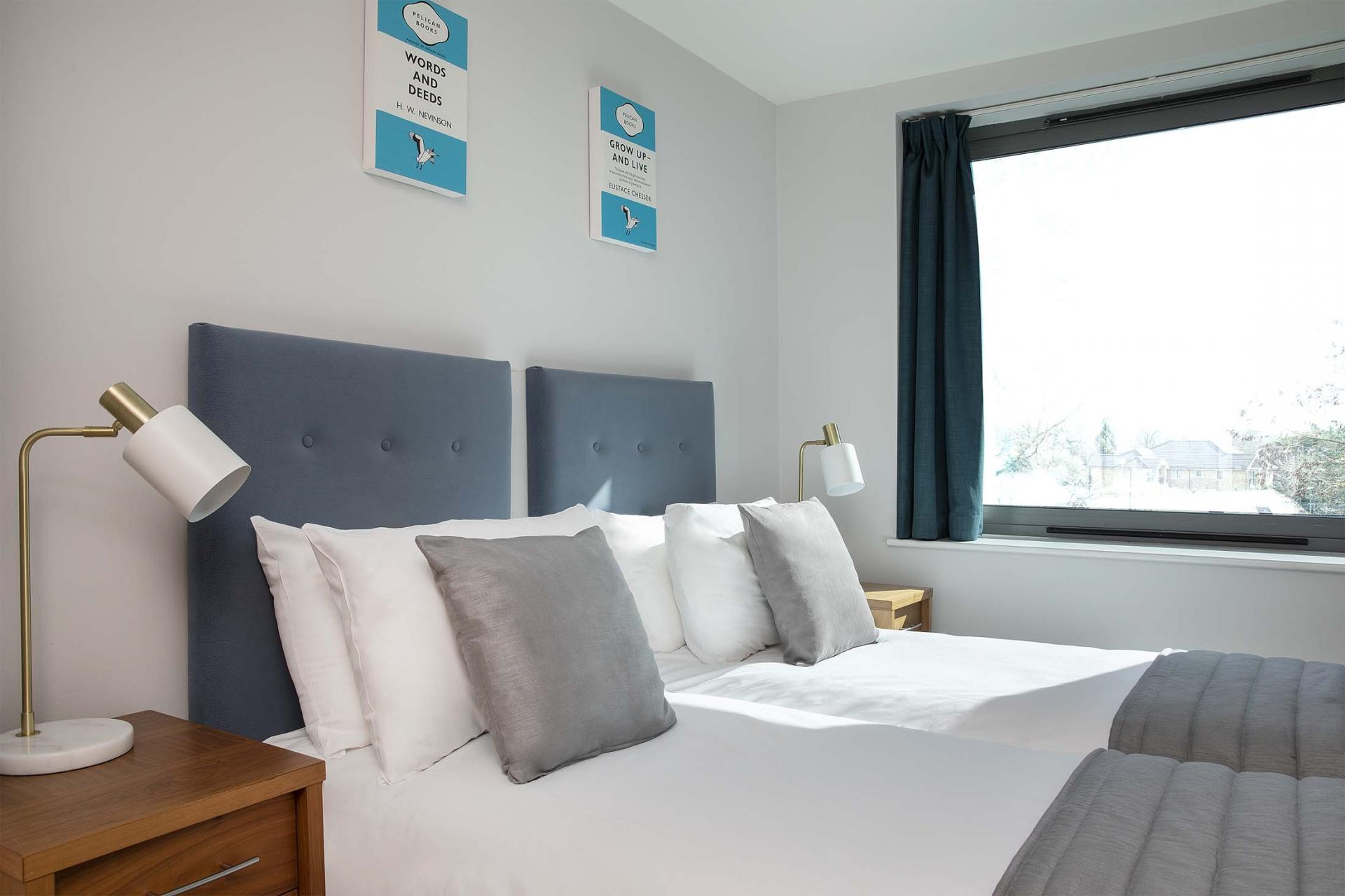 Twin beds at Aparthotel Farnborough - Citybase Apartments
