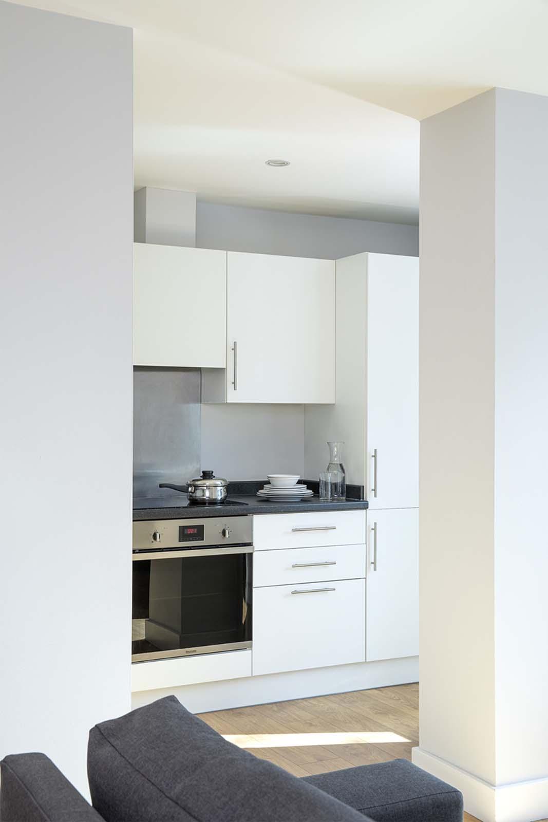 Kitchen facilities at Aparthotel Farnborough - Citybase Apartments