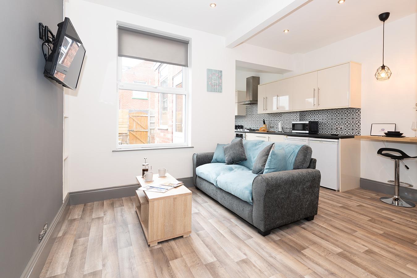 Lounge at Stuart Road House, Heavitree, Exeter - Citybase Apartments
