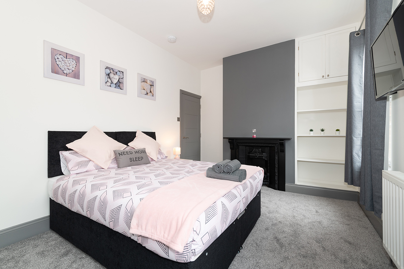 Cosy bed at Stuart Road House, Heavitree, Exeter - Citybase Apartments