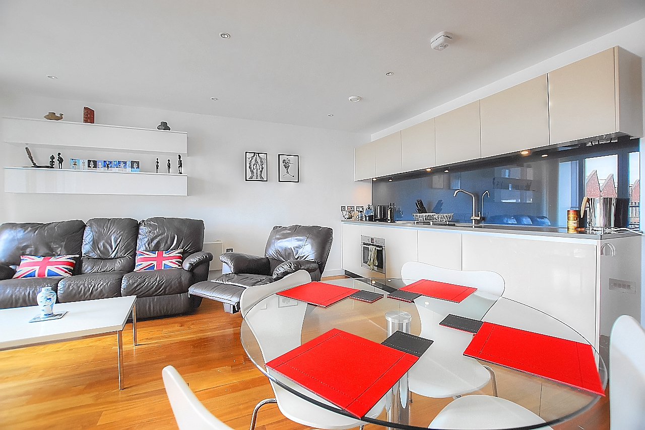 Dining table at Munday Street Apartment, New Islington, Manchester - Citybase Apartments
