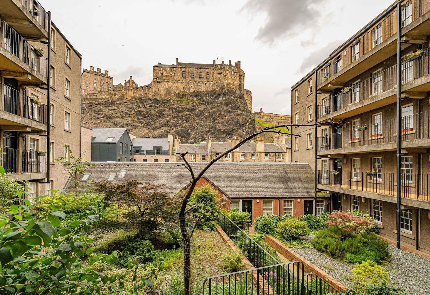 Castle views at Grassmarket Apartment - Citybase Apartments