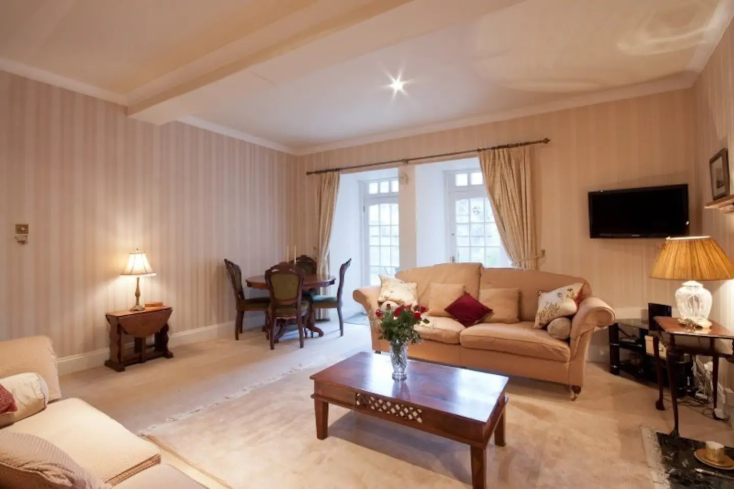 Living room at Abercromby Place - Citybase Apartments