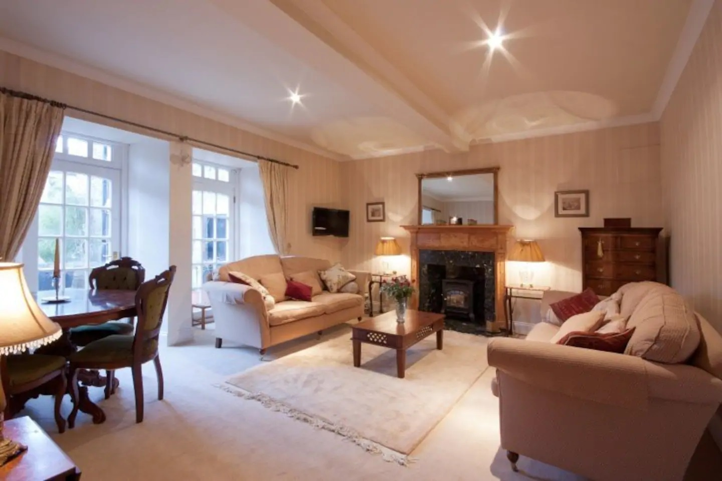 Fireplace at Abercromby Place - Citybase Apartments