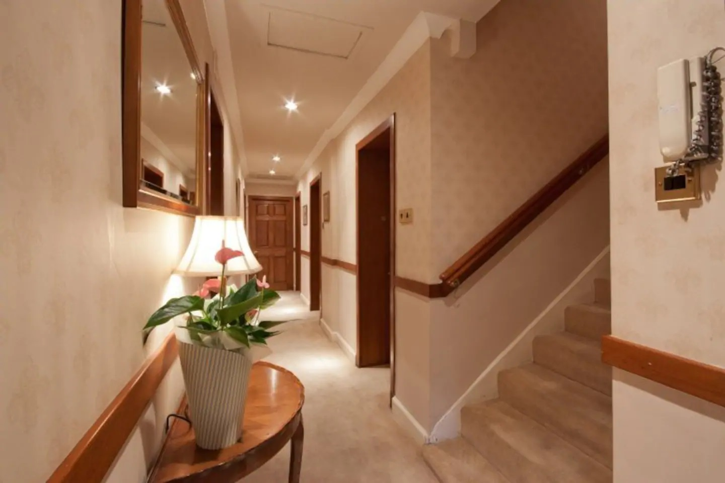 Hall at Abercromby Place - Citybase Apartments