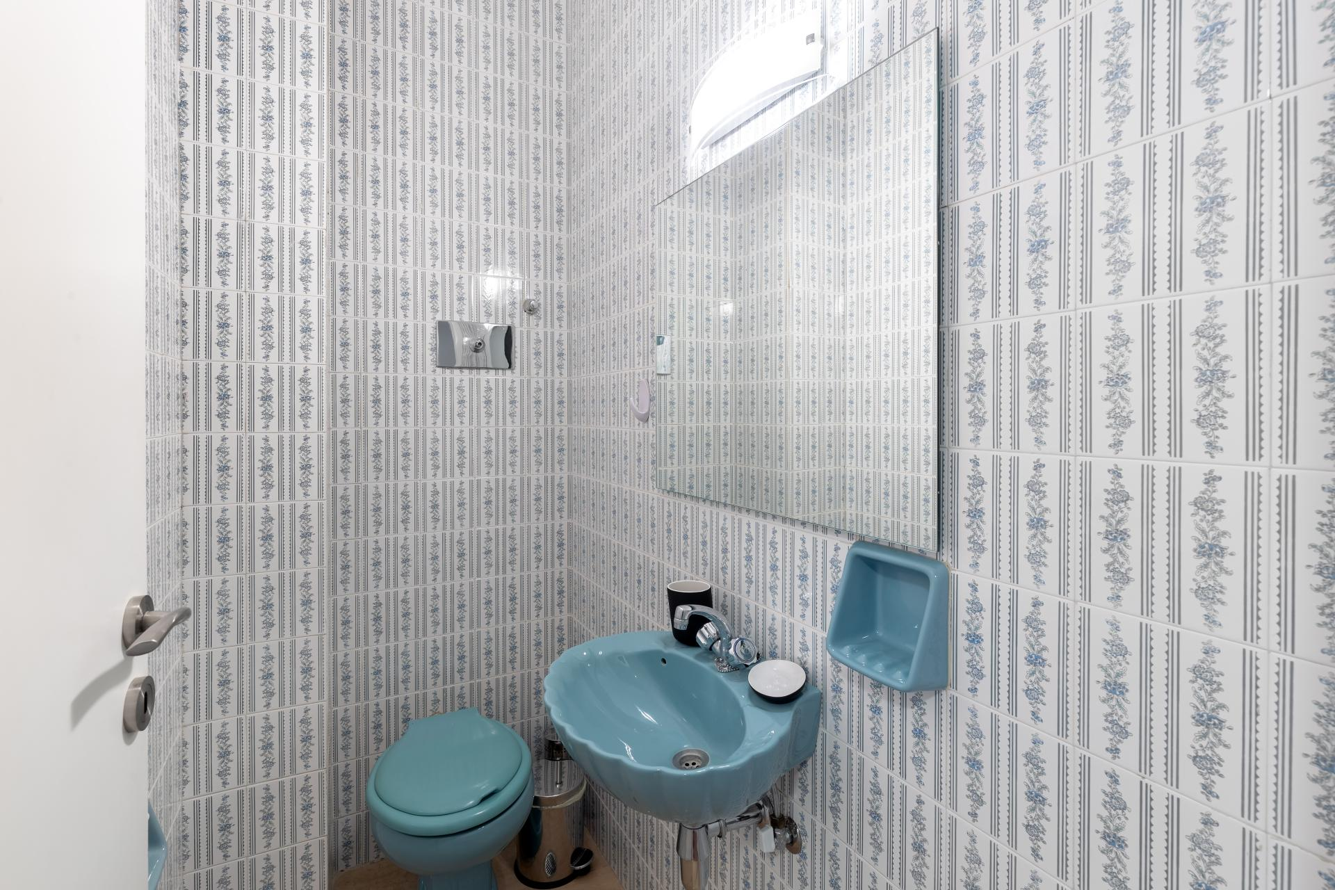 Shower at Acharnon Apartment - Citybase Apartments