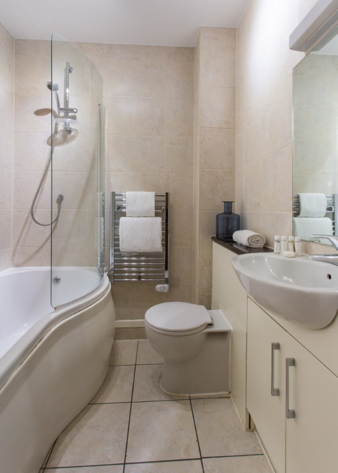 Bathroom at Exchange Buildings Apartments, Centre, Bournemouth - Citybase Apartments