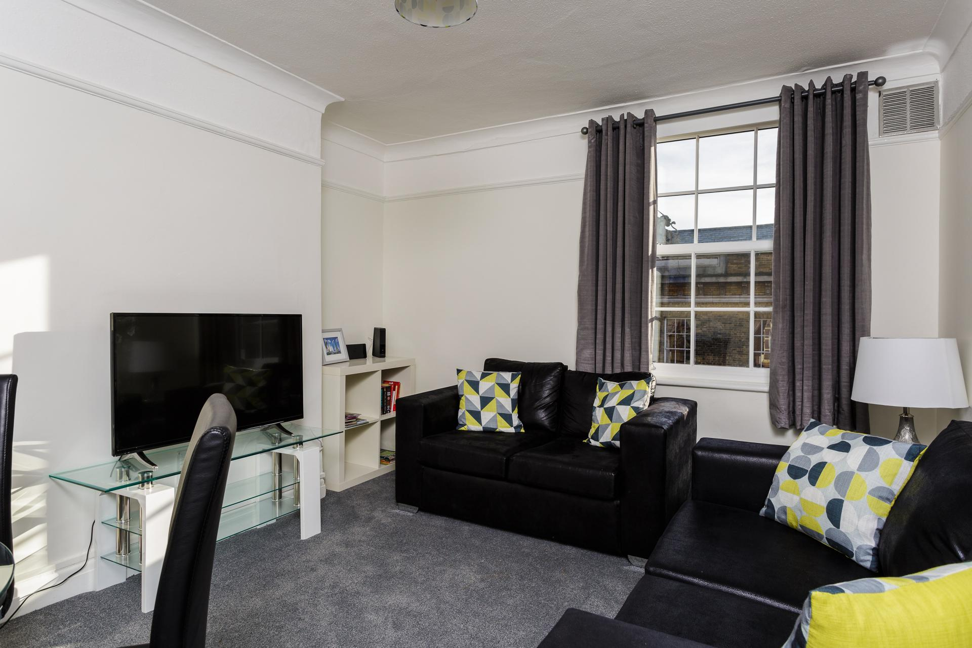 Living area at Braganza House Apartments, Old Portsmouth, Portsmouth - Citybase Apartments