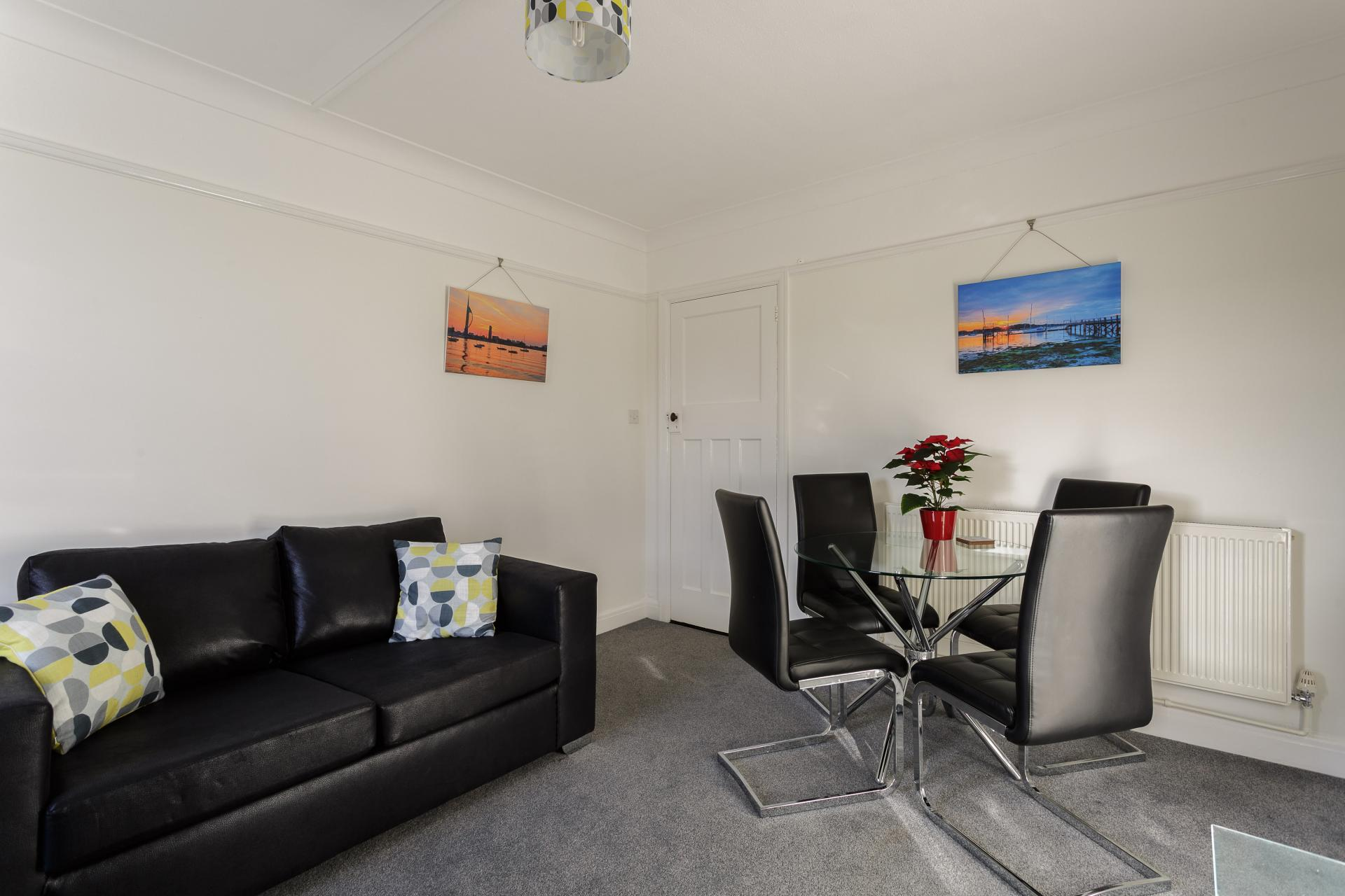 Dining area at Braganza House Apartments, Old Portsmouth, Portsmouth - Citybase Apartments