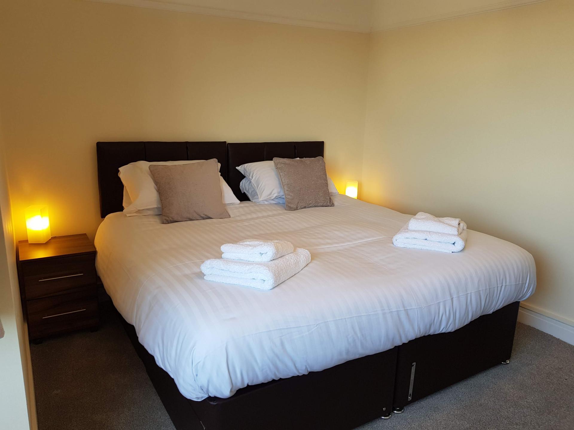 Cosy bedroom at Braganza House Apartments, Old Portsmouth, Portsmouth - Citybase Apartments