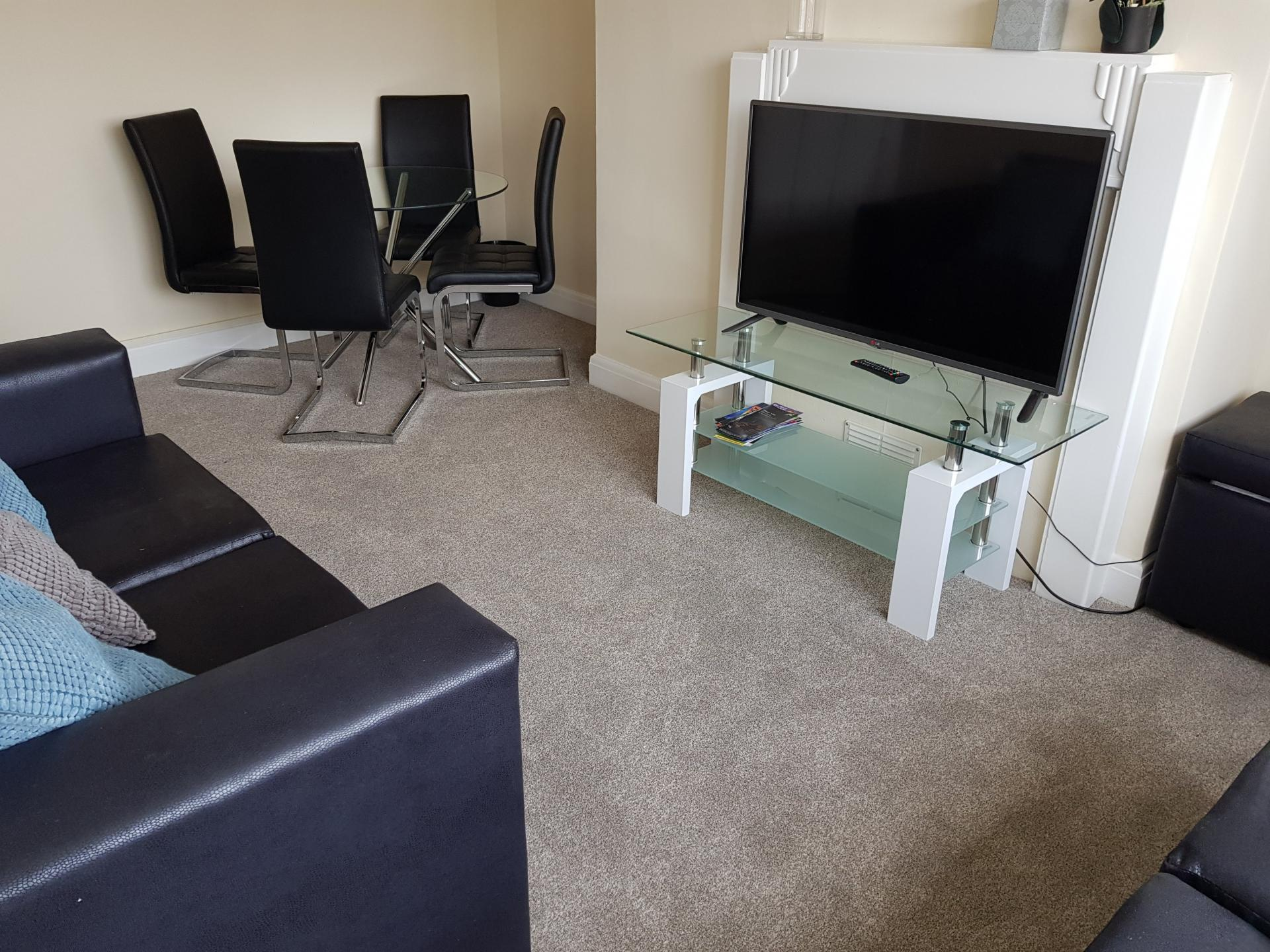 TV at Braganza House Apartments, Old Portsmouth, Portsmouth - Citybase Apartments