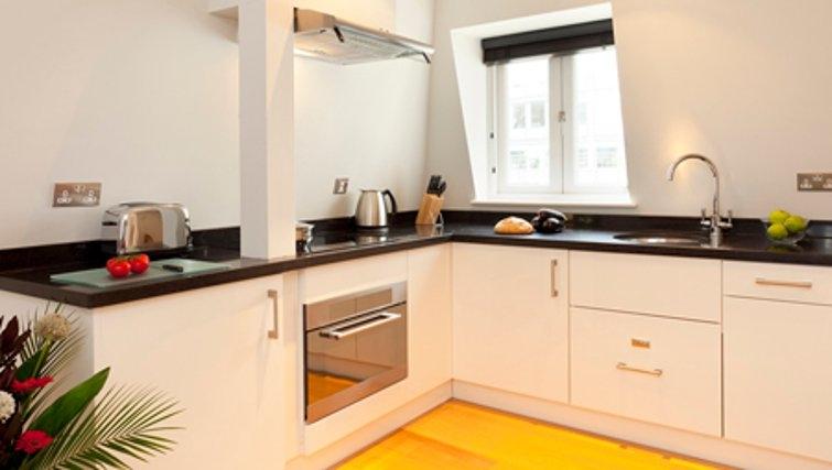 Kitchen in SACO Fleet Street - Crane Court - Citybase Apartments