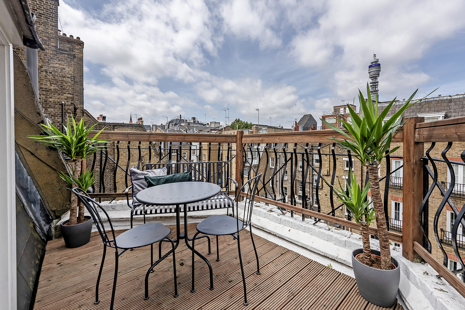 Roof terrace at Percy Street Apartment - Citybase Apartments