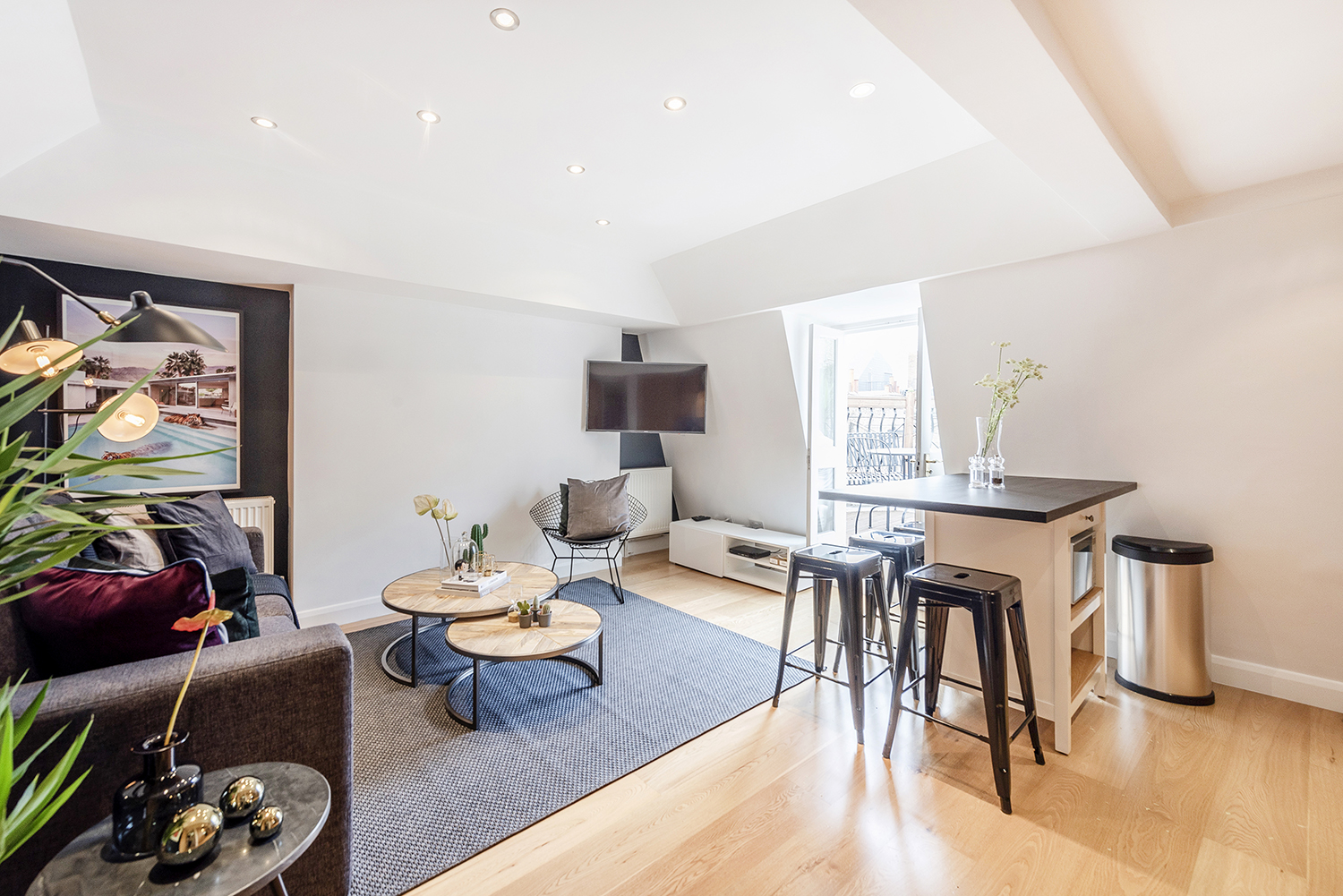 Dining area at Percy Street Apartment - Citybase Apartments